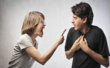 分居满两年的婚姻关系能自动解除吗